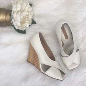 BcbgMaxAzria Raisa Wicker Wedges Sz 5.5